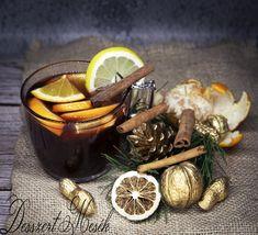 Eljött az ősz, sőt lassan a tél is kopogtat. Ilyenkor szeretünk bekuckózni egy finom tea, forró csoki, esetleg egy forralt bor vagy finom puncs kíséretében.  Most egy puncs receptet mutatunk, aminek a vendégeink is megörülnek és élvezettel fogyasztják.  Kár, hogy a fotó nem adja vissza azt a finom illatot, amit ez puncs ont magából! Próbáljátok ki! Moscow Mule Mugs, Japchae, Tableware, Ethnic Recipes, Kitchen, Foods, Food Food, Dinnerware, Cooking