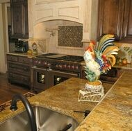 Love the kitchen, love the rooster.