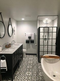 Bathroom ideas, master bathroom renovation, bathroom decor and bathroom organization! Bathrooms can be beautiful too! From claw-foot tubs to shiny fixtures, they are the master bathroom that inspire me probably the most. Bathroom Renos, Bathroom Renovations, Home Renovation, Master Bathrooms, Bathroom Cabinets, Dream Bathrooms, Tiled Bathrooms, Decorating Bathrooms, Master Baths