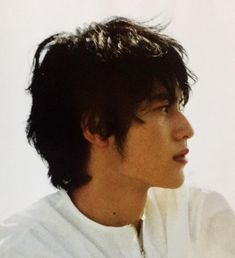 Action Poses, Pretty Pictures, Boy Fashion, Okada, Japanese, Men's Hair, Cinnamon Rolls, Boys, Faces