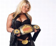 Former WWE Diva Beth Phoenix