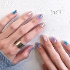 Hottest Trends for Acrylic Nail Shapes Gelish Nails, Nail Manicure, Acrylic Nail Shapes, Acrylic Nails, Gold Nails, Pink Nails, Cute Nails, Pretty Nails, August Nails