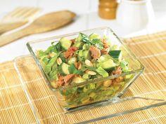 Clover Leaf's Fresh Salad Gluten Free Recipes, Vegetarian Recipes, Cooking Recipes, Vegetarian Salad Dressings, Veggie Plate, Mini Cucumbers, Salad Bar, How To Make Salad, Vegetarian Cooking