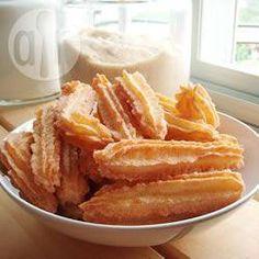 Churros mexicanos @ allrecipes.com.mx Agregue 1/4cdta royal. Se rompen con facilidad, los hice a mitad de diámetro.  Deliciosos