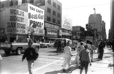Yonge and Dundas, Toronto in the (photo by Olga S) Yonge Street, Toronto Photos, Book People, You Know Where, Time Photo, Toronto Canada, 1990s, Ontario, Past