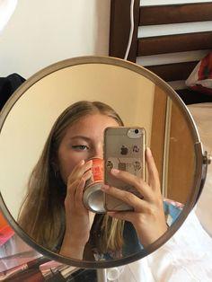 ⋮𝙙𝙤𝙧𝙠𝙮𝙡𝙪𝙫 Aesthetic Photo, Aesthetic Girl, Mirror Pic, Mirror Selfies, Foto Casual, Selfie Poses, Selfie Captions, Selfie Humor, Insta Photo Ideas