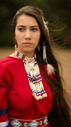 respect her. Native American Face Paint, Native American Models, Native American Pictures, Native American Beauty, Native American History, American Indians, Native Girls, Indian People, Native Indian
