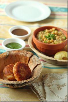 Dabeli recipe kutchi dabeli recipe kachchhi dabeli recipe ragda pattiesstreet food from mumbai indian appetizersindian snacksindian veg recipespotato forumfinder Images