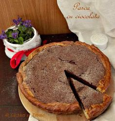 pasca cu ciocolata_2 No Cook Desserts, Easy Desserts, Delicious Desserts, Food And Drink, Healthy Recipes, Cooking, Sweet, Cakes, Breads
