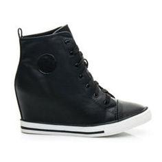 8020413fb828b Najlepsze obrazy na tablicy buty (11)   Ankle boots, Bass shoes i ...