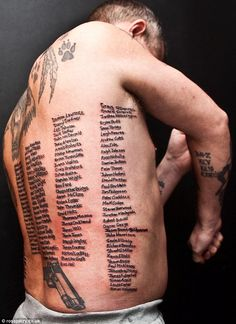 Former soldier has names of every soldier killed in Afghanistan inked onto his body as mark of respect /this is amazing