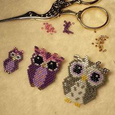 La famille s'agrandit ♡ #brickstitch #homemadepattern #perles #beads #jenfiledesperlesetjassume #miyuki #owl #chouette #hibou #oanezdesign #appretsetcreations