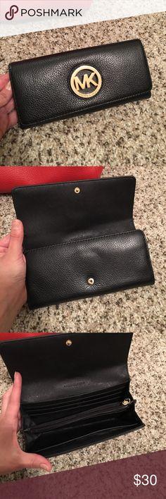 Michael Kors black Wallet Good condition spacious MK Wallet Michael Kors Bags Wallets