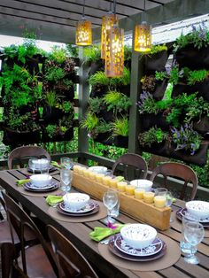 Hanging garden for privacy