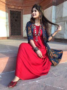 Likes, 105 Comments – Sumedha Fashion. Maxi Dress With Jacket, Long Gown Dress, Long Gowns, Designer Party Dresses, Indian Designer Outfits, Pakistani Maxi Dresses, Anarkali Dress, Lehenga, Red Kurta