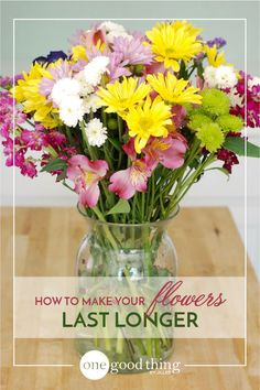 A few days ago I noticed that some of my favorite flowers in my garden were in FULL BLOOM (almost PAST full bloom! yikes!) and I hadn't cut any yet! I quickly cut several blooms and combined them with