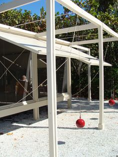Good view of the structural system of Paul Rudolph's Walker Guest House, Sanibel Island, FL.