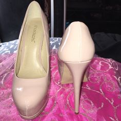 "Blush platform heels These are gently worn only once shiny very comfortable platform heels 6"" tall.  These are NOT available on Shoe Dazzle as these were bought back in 2011 This is perfect condition no marks, stains or rip anywhere. The soles underneath are worn as I said these were used one time. Nonhome also the pink ShoeDazzle dust bag and original box is included Shoe Dazzle Shoes Platforms"