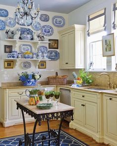 Tudor Cottage, White Cottage, New Kitchen, Kitchen Decor, Kitchen Counters, Kitchen Ideas, Kitchen Craft, Kitchen Backsplash, Blue White Kitchens