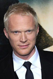 Paul Bettany - Probably the coolest voice in Hollywood. Paul Bettany, Beautiful Men, Beautiful People, Pretty People, Master And Commander, A Knight's Tale, Hollywood, Age Of Ultron, Raining Men