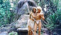 Brooke Shields and Christopher Atkins in Blue Lagoon (1980)