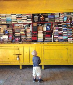 Alleyway turned library in Cartagena, Colombia