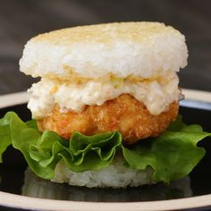 Shrimp Katsu Rice Burger Recipe by Tasty Rice Burger Recipe, Burger Recipes, Egg Recipes, Cooking Recipes, Shrimp Recipes For Dinner, Shrimp Recipes Easy, Easy Healthy Recipes, Easy Meals, Dessert Chef