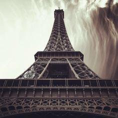 Eiffel Tower by mattscutt