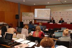 #BIOSPAIN2014 [Press conference] - Josep Escaich, CEO of Bioibérica, and Cándido Marín, R&D expert of the #biotech company, have presented Crop-Scan™ #plantstress. More information: http://www.bioiberica.com/News/V404/S1/Air_scanning_to_detect_crop_stress_and_improve_yield.html - Photo: © Bioibérica