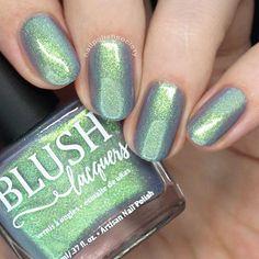 Best Nail Polish Colors of 2019 for a Trendy Manicure Glitter Nail Polish, Nail Polish Colors, Gel Nails, Nail Nail, Nail Polishes, Vaseline, Gel Nagel Design, Nagel Hacks, Finger