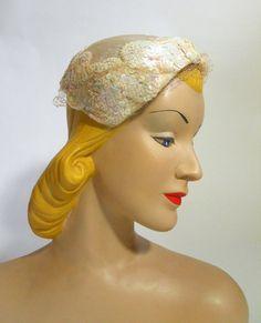 Soft White Velvet and Sequins Stemmed Bridal Hat circa Vintage Bags, Vintage Outfits, Bridal Hat, White Velvet, 1950s Fashion, Aurora Sleeping Beauty, Sequins, Hats, Top
