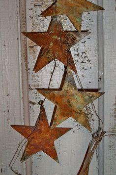 "Lot of 10 Lightning Bolt Shapes 2/"" Rusty Metal Vintage Ornament Craft Sign"