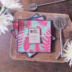 Linen Napkins in Mint and Neon Pink