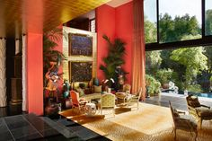 """Dovecote Decor: """"A"""" List Design Destinations in L.A.: Hutton Wilkinson's Casa Contessa"""
