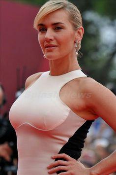Kate Winslet Bikini Pics 81