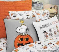 Organic Snoopy and Friends Halloween Sheet SetTwinWhite Multi Halloween Bedroom, Halloween Home Decor, Halloween House, Holidays Halloween, Halloween Kids, Halloween Themes, Halloween Decorations, Halloween Stuff, Halloween Traditions