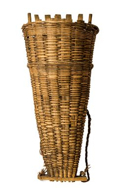 Antique French Grape Harvest Basket, Hotte. Twisted rope sling straps to carry it on the back