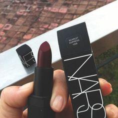 make-up burgundy lipstick nars cosmetics cute lips style gorgeous Kiss Makeup, Love Makeup, Makeup Inspo, Makeup Inspiration, Hair Makeup, Black Makeup, Beauty Make-up, Beauty Hacks, Hair Beauty