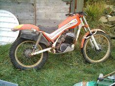 """Résultat de recherche d'images pour """"armstrong trial"""" Trial Bike, Classic Bikes, Evo, Trials, Motorbikes, Motorcycles, Vintage, Dirt Biking, Bicycle"""