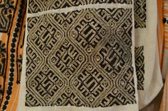 Romanian blouse - ie. Folk Costume, Costumes, Folk Embroidery, Moldova, Traditional Clothes, Romania, Folk Art, Tatting, Snake
