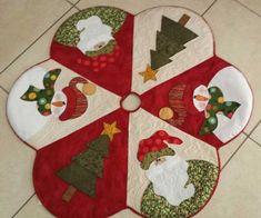 Patchwork Navidad Ideas Manualidades New Ideas Christmas Applique, Christmas Sewing, Felt Christmas, Christmas Projects, Holiday Crafts, Christmas Time, Christmas Stockings, Christmas Ornaments, Xmas Tree Skirts