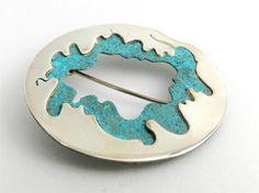 Circle Brooch Contemporary Patina Sterling Silver por LigiaRocha