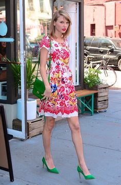 """Taylor Swift """"Out And About"""" in NYC 06/20/14."""