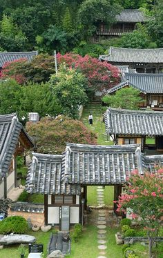 Landscape Gardening Geelong below Traditional Landscape Art Korean Traditional, Traditional House, Asian Architecture, Architecture Design, Traditional Landscape, Photos Voyages, Cool Landscapes, Monuments, South Korea