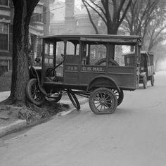 La década de los 30, los años dela Gran Depresión, también fue una época muy dura para los coches en Estados unidos. De ello da fe una interesante colección de fotos tomadas entonces por los fotógrafos del Boston Herald y que ahora han sido recuperadas y digitalizadas para sus lectores actuales. Colisiones, vuelcos y toda …