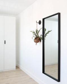 Kijkje in onze kledingkamer . . . #myhome #binnenkijkenbijmij #myhomedecor #binnenkijken #binnenkijker #vtwonenbijmijthuis…
