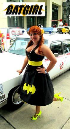 Look behind her! Batgirl Cosplay by ~bewitchedraven on deviantART Batgirl Cosplay, Batgirl Costume, Dc Cosplay, Cosplay Outfits, Cosplay Girls, Cosplay Costumes, Cosplay Ideas, Super Hero Costumes, Cool Costumes