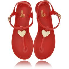 LOVE MOSCHINO LOVE RED Plastic Sandals (79.510 CLP) ❤ liked on Polyvore featuring shoes, sandals, flats, zapatos, scarpe, rubber sole sandals, flat shoes, plastic shoes, red heart shoes and red sandals
