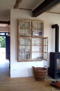 interior home design ideas Old Window Projects, Home Projects, Repurposed Furniture, Diy Furniture, Repurposed Wood, Old Window Frames, Old Windows, Farmhouse Decor, Living Room Decor