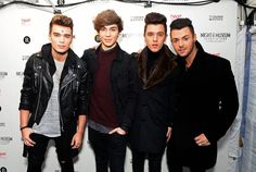 Pin for Later: Les Photos People de la Semaine à ne Pas Manquer  The boys of Union J came out for the switching on of the Christmas lights on Regent Street in London.